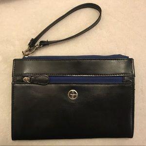 Giani Bernini black and blue wristlet